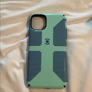 Speck Case for iPhone 11 pro max NEW